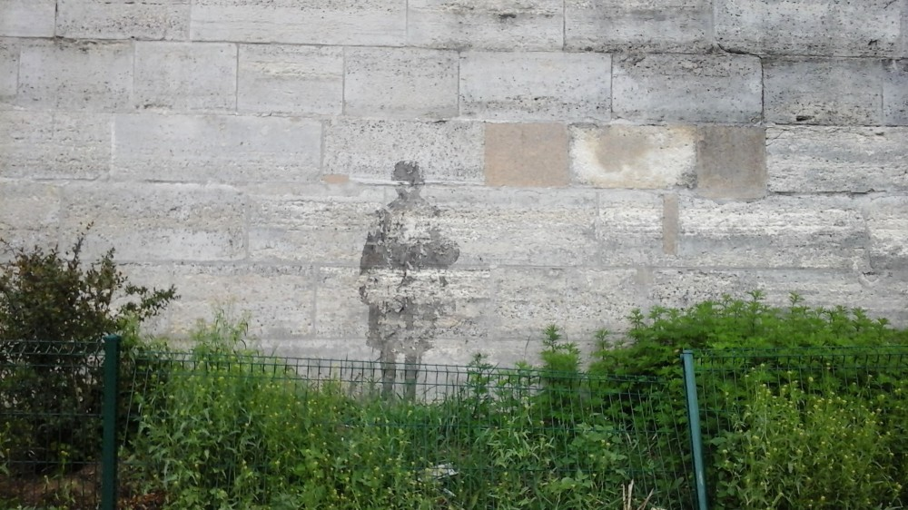 Street art Paris 8_shadow_May 2018